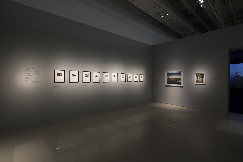 Photographs, Tomoko Yoneda,《摄影组图》,米田知子